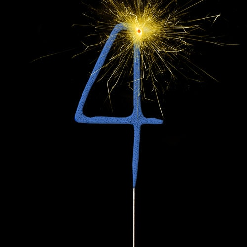 Blue Number 4 Non Hand Held Sparkler 17cm Product Image