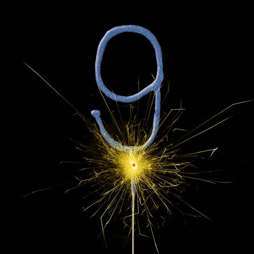 Blue Number 9 Non Hand Held Sparkler 17cm Product Image