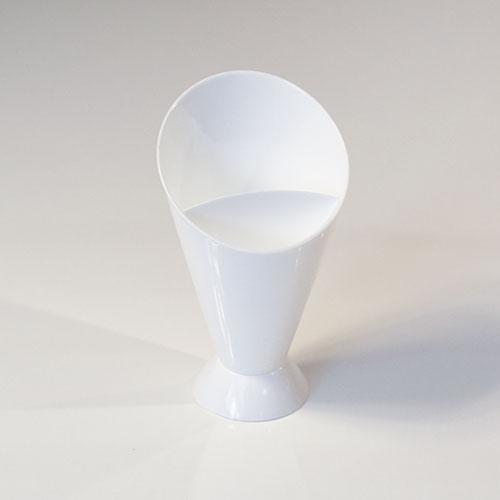 Snack 'N' Dip Plastic Cone 15cm