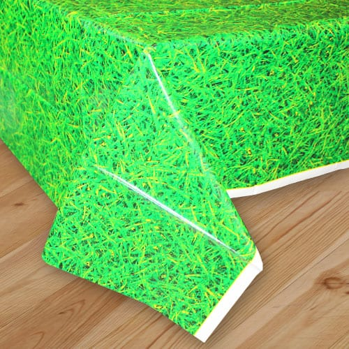 Green Grass Plastic Tablecover 274cm x 137cm