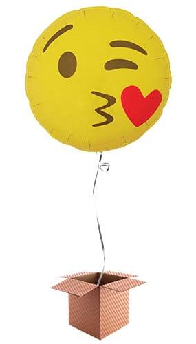 emoji-kissing-hearts-46cm-round-foil-balloon-in-box-image
