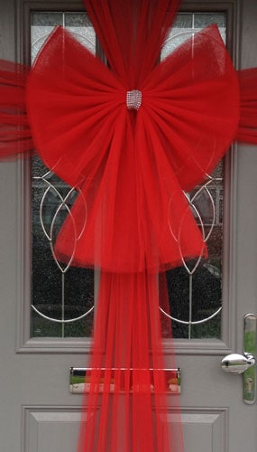 Red Door Bow Decoration Product Image
