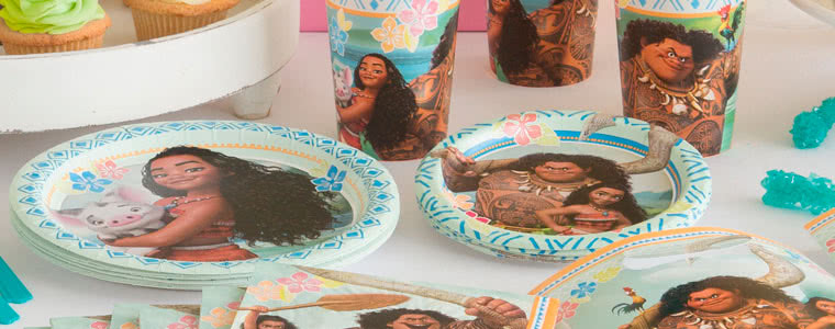 Disney Moana Party Supplies Top Image