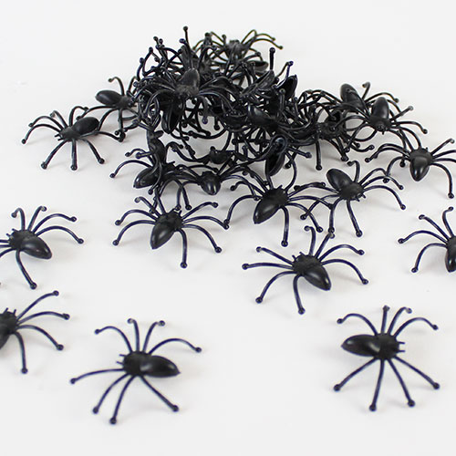 halloween-plastic-spiders-pack-of-40-product-image