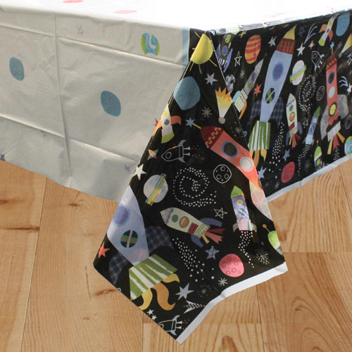 Outer Space Plastic Tablecover 213cm x 137cm