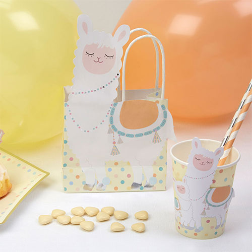 Llama Love Paper Party Bags 20cm - Pack of 5 Product Gallery Image
